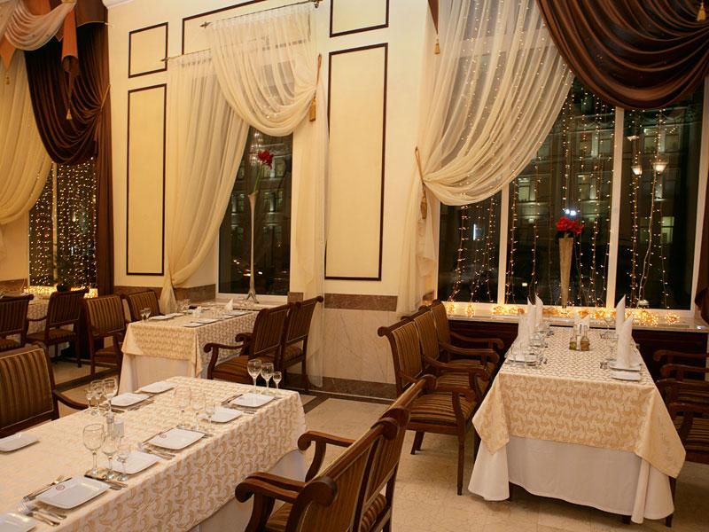 Рестораны в центре минска интерьер фото